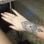 finger tattoos for women
