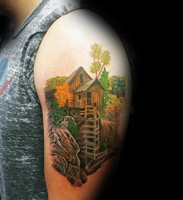 upper arm tatoo