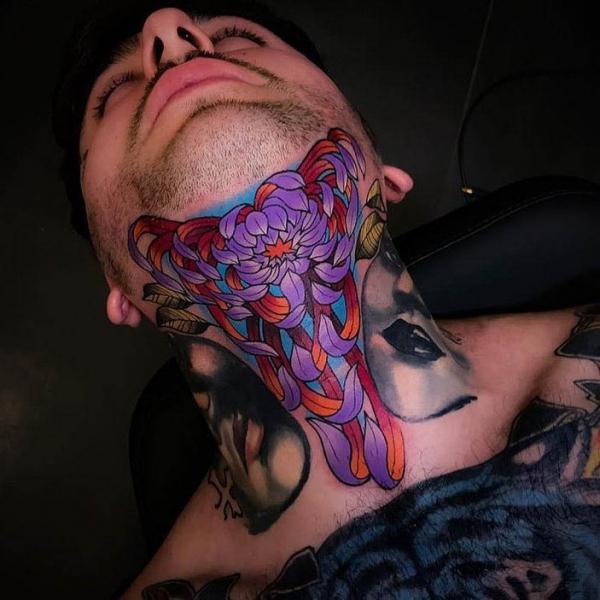 upper-arm-tattoos-women