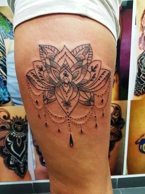 womens arm tattoo